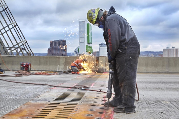 Workers completing Brent Spence Bridge repairs