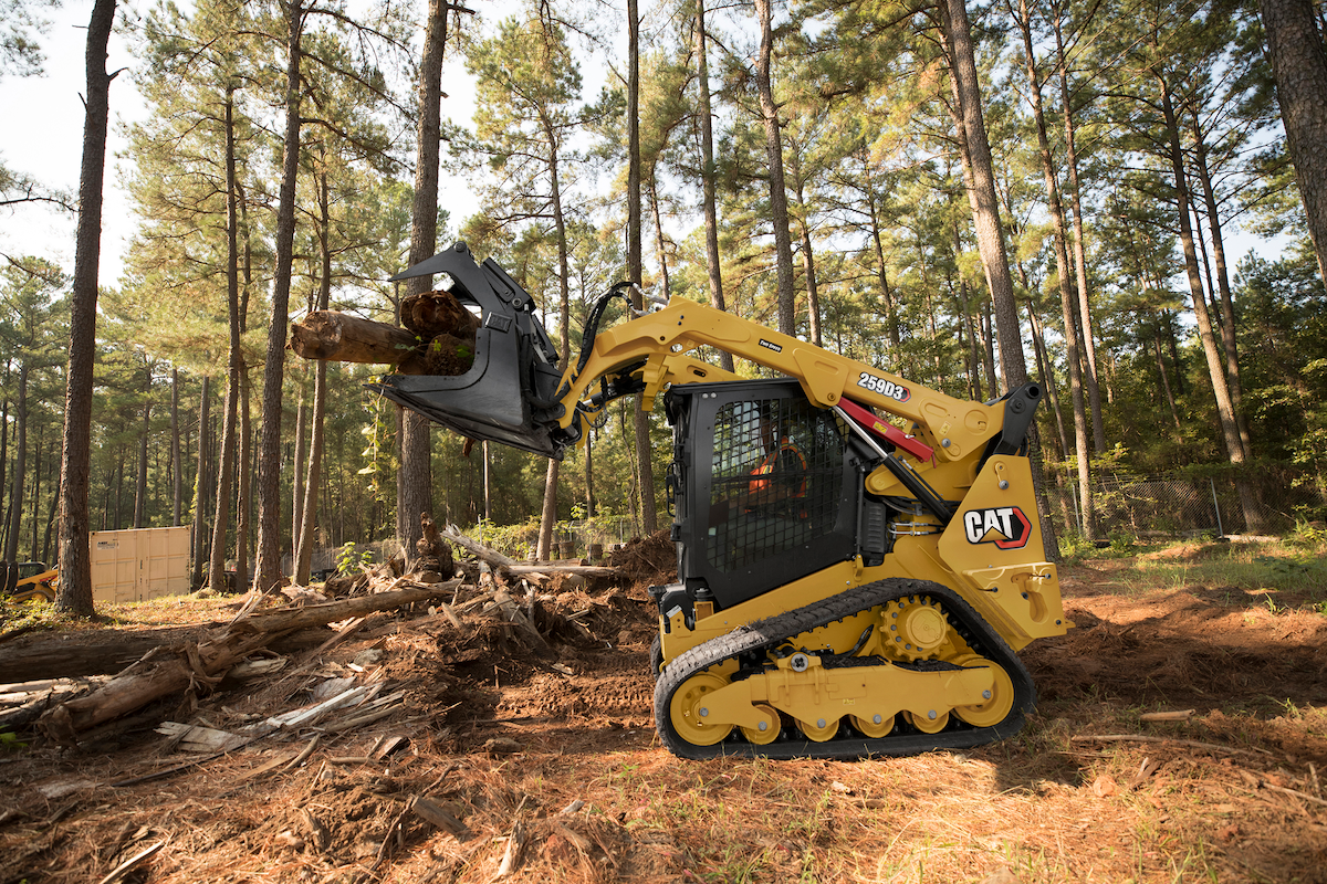 How to Calculate the Owning and Operating Costs of a Compact Track Loader