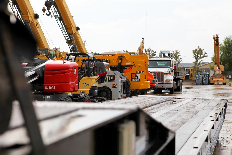 heavy duty construction machinery