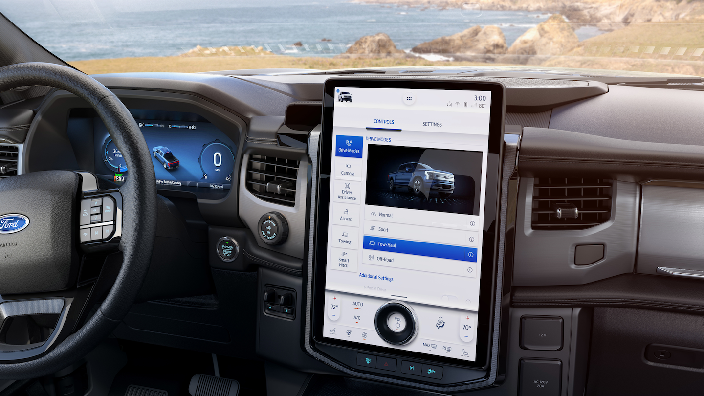 A 15.5-inch monitor takes center stage in the F-150 Lightning.