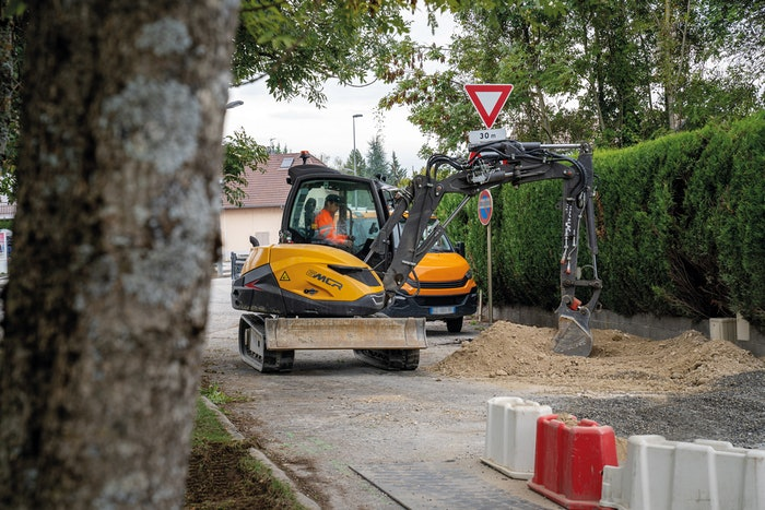 Mecalac 6MCR crawler skid-excavator