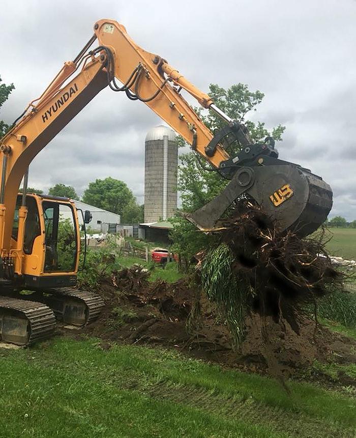 Power Grip Bucket With Tree