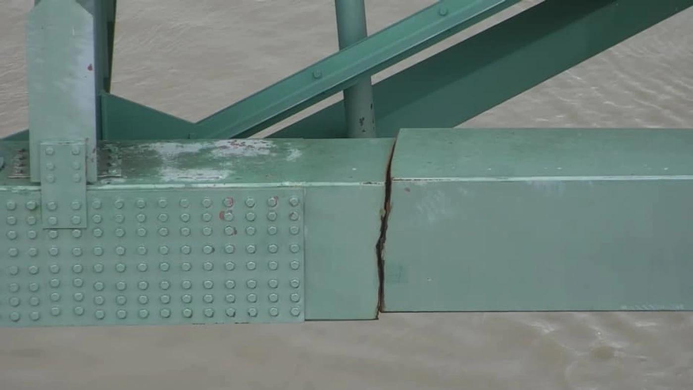 Bridge crack I-40 Memphis